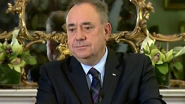 Alex Salmond is to step down as first minister of Scotland and Scottish National Party leader after voters rejected independence in Thursday's referendum.