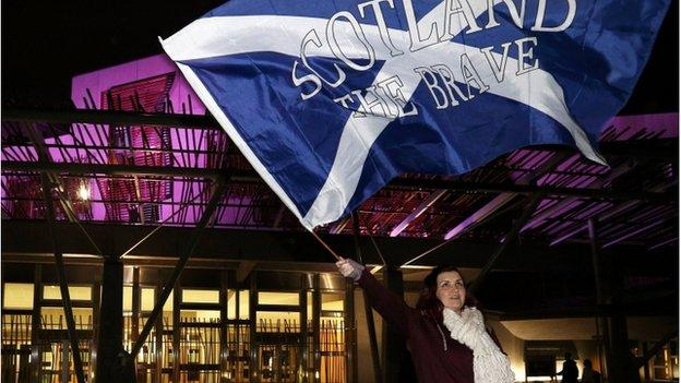 Politicians on both sides of the independence debate are to consider the best way ahead for Scotland after voters backed remaining in the UK.