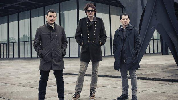 The Manic Street Preachers confirm they will play their fans' favourite 1994 album The Holy Bible live in full for the first time.