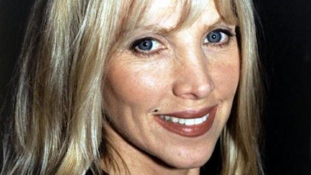 Singer and songwriter Lynsey de Paul has died at the age of 64, following a suspected brain haemmorhage.