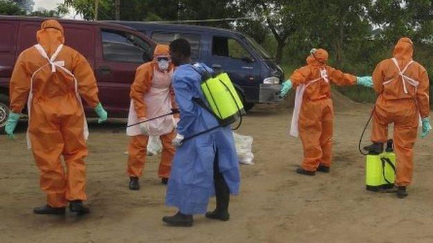 Vital supplies to tackle Ebola are beginning to arrive in Guinea, Liberia and Sierra Leone - the worst-hit countries, Ghana's president says.