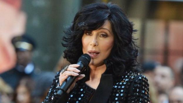 The 68-year-old singer cancels the remainder of her Dressed to Kill tour after doctors advised she needs more time to recover from an ongoing viral infection.