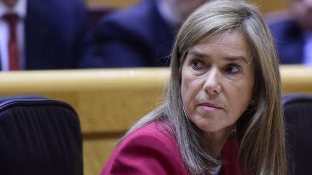 Health minister Ana Mato resigns amid a court investigation into a massive corruption scandal over illegal payments in Spain.