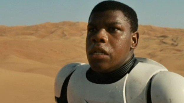 The first trailer for Star Wars: The Force Awakens is unveiled online and in US cinemas