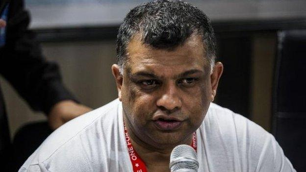 "AirAsia boss Tony Fernandes says he is ""devastated"" that a plane carrying 162 people from Indonesia to Singapore has gone missing."