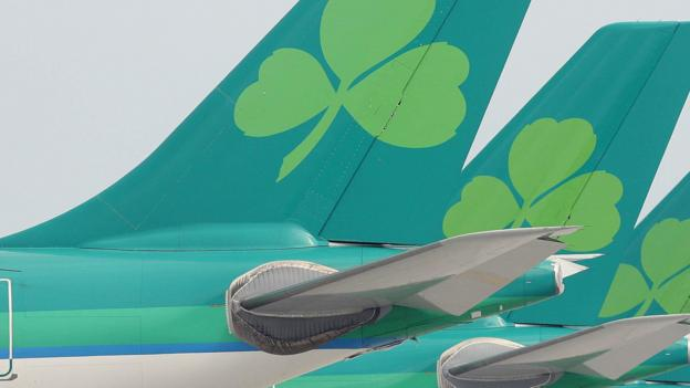 Irish airline Aer Lingus says it is considering a revised offer of €2.55 a share from British Airways owner IAG.