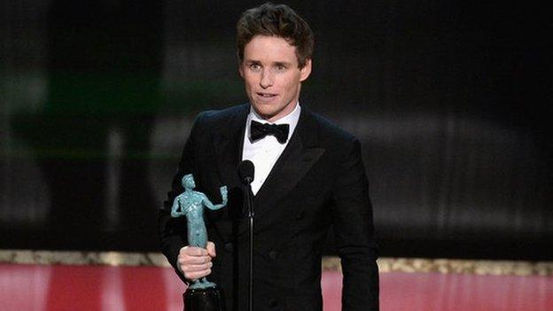 Eddie Redmayne wins best actor at the Screen Actor's Guild awards while Birdman and Downton Abbey win ensemble awards.