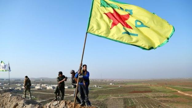 Kurdish forces have driven Islamic State (IS) militants from of Kobane, officials say, ending a four-month battle for the northern Syrian town.