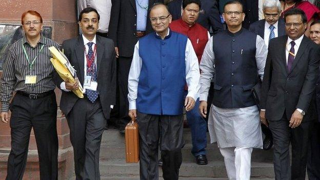Indian Prime Minister Narendra Modi's government is presenting its first full budget in what is seen as a key test of his appetite for reform.