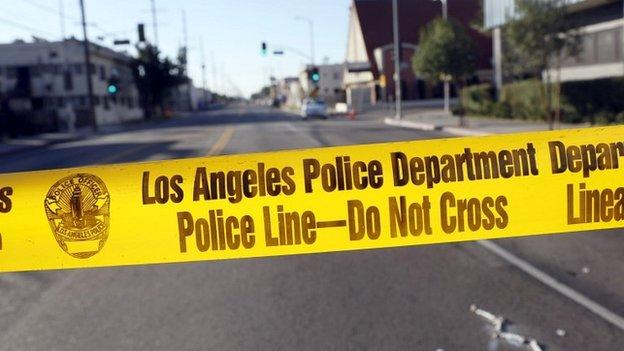 A video has captured the moment US police shot and killed a homeless man after an altercation in downtown Los Angeles.