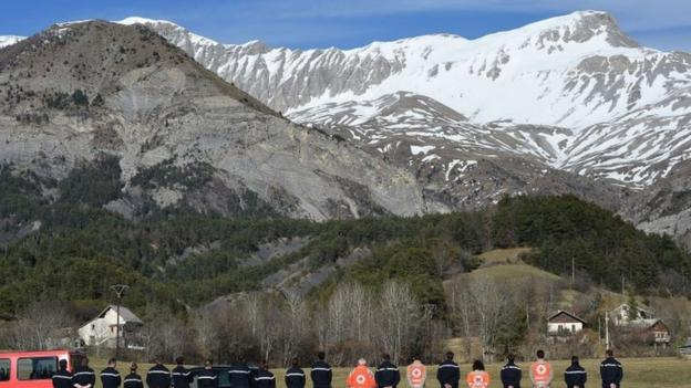 The co-pilot suspected of deliberately crashing an airliner into the French Alps knew the region from gliding holidays, people who knew him say.