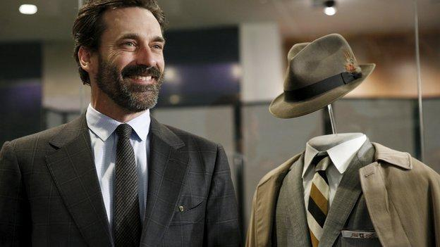 A collection of costumes and props from hit US drama Mad Men is donated to the Smithsonian National Museum of American History.