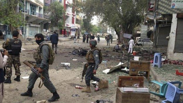 At least 33 people are killed and 100 injured in an explosion in the eastern Afghan city of Jalalabad, officials say.
