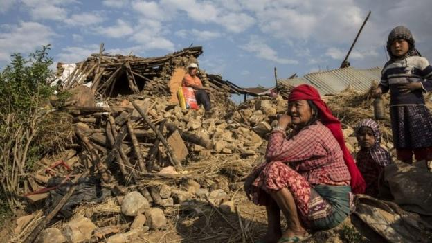 Eight million people were affected by the Nepal earthquake and 1.4m are in need of food aid, the UN says, as the death toll tops 4,000.