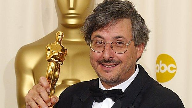 Andrew Lesnie, Oscar-winning Australian cinematographer of the Lord of the Rings and Hobbit films, has died at the age of 59.