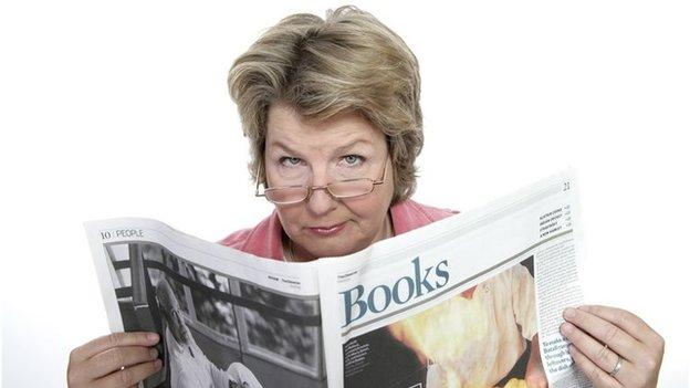 Comedian Sandi Toksvig is to leave BBC Radio 4's comedy show The News Quiz after nine years and 28 series.