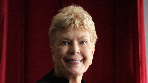 Best-selling crime writer Ruth Rendell has died aged 85, her publisher says.