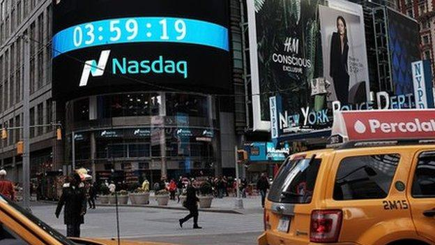 The US Nasdaq stock index rallied to a record after technology and healthcare stocks advanced.