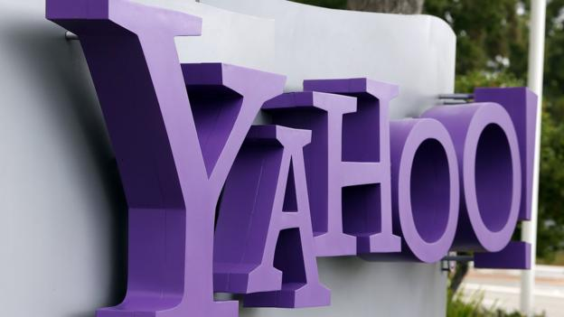 Yahoo will face a US class action lawsuit for allegedly accessing the content of emails sent to its mail users from non-Yahoo Mail accounts.