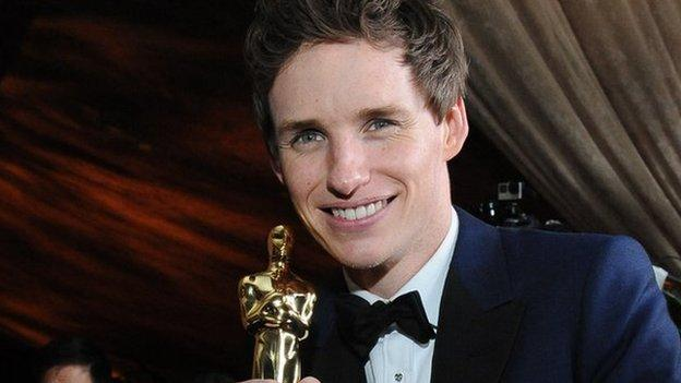 Oscar winner Eddie Redmayne will play Newt Scamander in Harry Potter spin-off Fantastic Beasts and Where to Find Them, Warner Bros confirms.