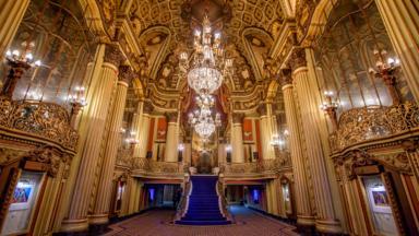 the most opulent movie theatres of la