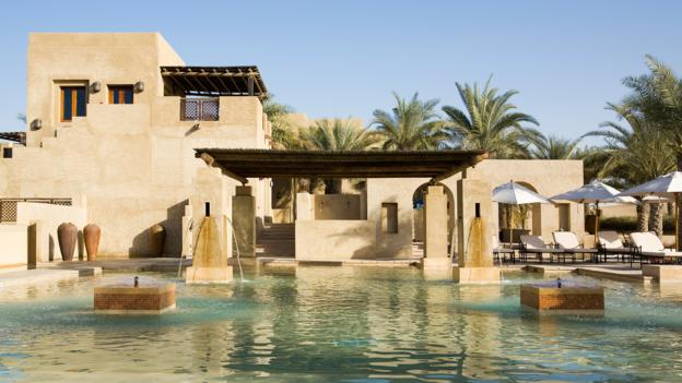 Bbc travel luxury desert escapes in the uae for Top resorts in dubai
