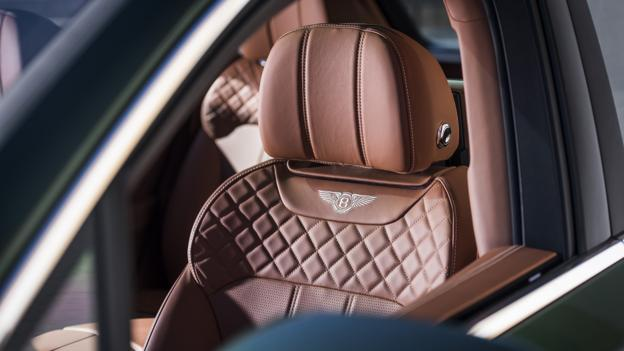 Bbc Autos In Luxury Cars The Seat Becomes A Seating Experience