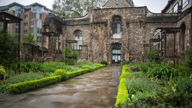 Secret Garden: A Peek At London's Secret Gardens