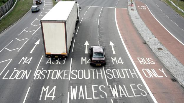 What If Two Roads Are Illusion What If >> Bbc Future The Tricks Being Played On You By Uk Roads