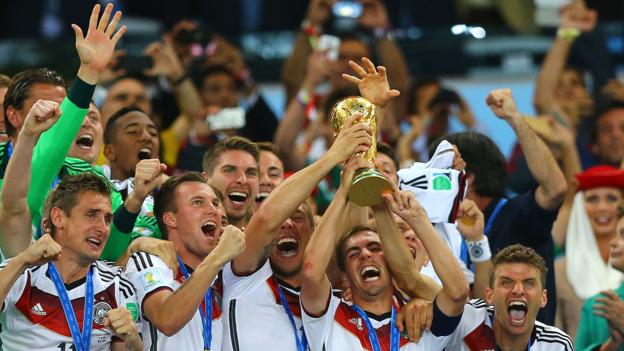 How algorithms and cats predict the winners of the World Cup