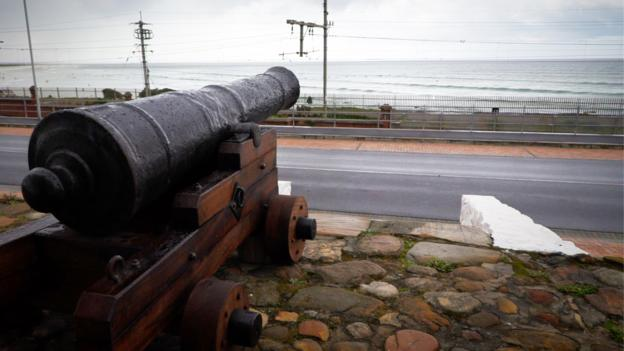 The mystery of Cape Town's disappearing gun