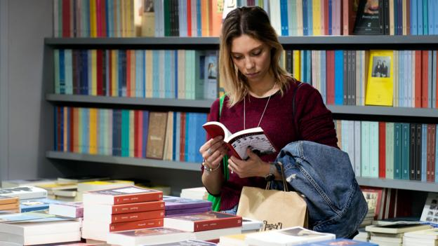 Does reading fiction make us better people?