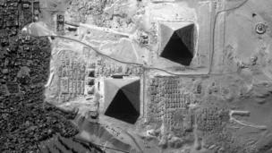 Pyramids at Giza (Copyright: SPL)