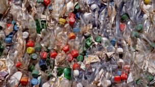 Plastic rubbish (Copyright: Thinkstock)
