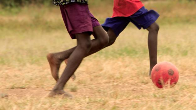 Soccket: Playing football in Africa