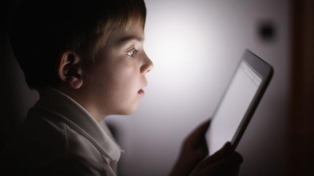 Boy with tablet (Copyright: Getty Images)