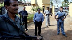 Congress party leader Mahendra Karma with his bodyguards. File photo