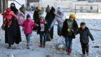 Civilians evacuate eastern Aleppo on 7 Demceber 2016
