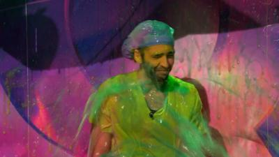 Saturday Mash-Up! - The Pets Factor's Fabian gets SUPER SLIMED!