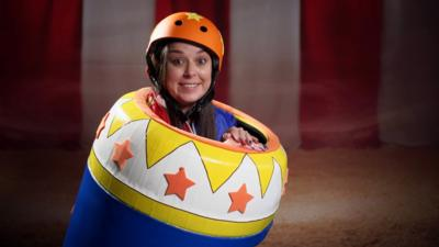 Saturday Mash-Up! - Dani Harmer shot out of a cannon!