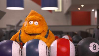 Saturday Mash-Up! - Stanley goes bowling