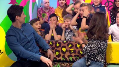 Saturday Mash-Up! - An amazing magic trick by Ben Hanlin!