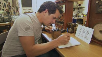 Absolute Genius with Dick & Dom - Dick and Dom have a go at Morse Code