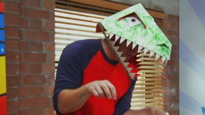 Art Ninja - Make a dinosaur mask from a cereal box