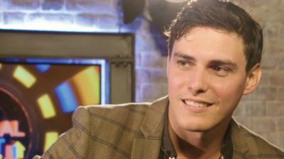 CBBC Official Chart Show - Tor Miller plays English v American