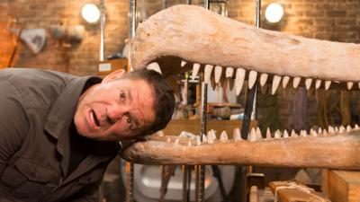 Deadly Dinosaurs - Steve Backshall takes on the dinosaurs