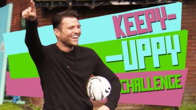 The Dengineers - Mark v Sege - Keepy-Uppy Challenge