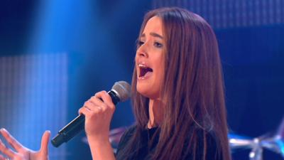 Got What It Takes? - Annie performs 'Chasing Pavements'