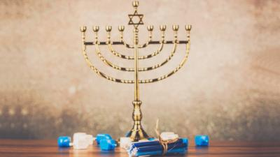Newsround - Quiz: How much do you know about Hanukkah?