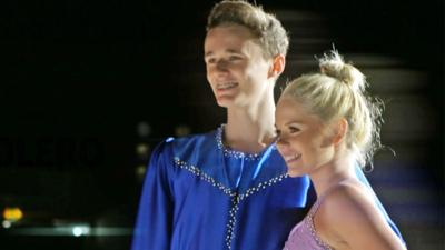 Ice Stars - Josh and Kloe take on Bolero